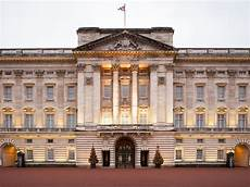 Buckingham Palace Ultimate Guide To S Royal