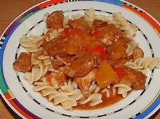 gulasch rezept chefkoch gulasch im schnellkochtopf rezept mit bild