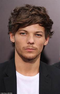 One Direction Louis - one direction s louis tomlinson splits from