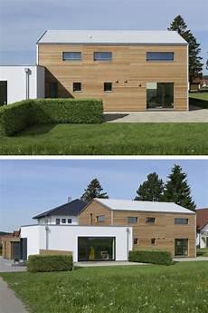 modernes holzhaus satteldach holzhaus modern mit doppelgarage und b 252 ro anbau