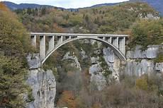 pont en pont des pierres wikip 233 dia