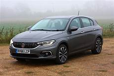 fiat tipo 2016 fiat tipo hatchback 2016 photos parkers
