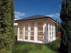 gartenhaus holz mit walmdach 3 4 x 3 4 m robert geiger