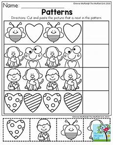 patterns worksheets preschool 136 patterns cut and paste the picture that is next in the pattern simple activities to build