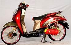Modifikasi Scoopy Fi by Modifikasi Honda Scoopy Fi Ring 17 Retro Honda