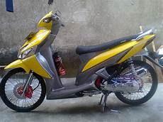 Modifikasi Vario by Modifikasi Vario Modifikasi Vario Kuning Abu Abu
