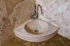 lavandino ad angolo per bagno lavabi ad angolo per piccoli spazi lavandino in marmo
