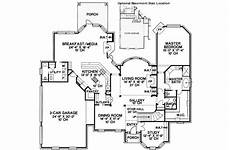 house plans with butlers pantry love the butlers pantry between kitchen and dining room