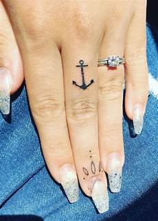 Alluring Anchor Finger Idea Blurmark