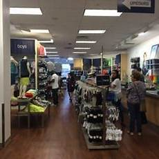 State Mall Gap by Gap Outlet 34 Reviews S Clothing 102 S