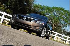 2013 nissan altima sl tire size 2013 nissan altima 3 5 sl review test drive