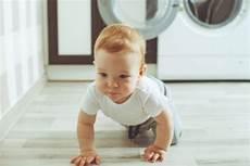 ab wann lächeln babys baby entwicklung 187 was babys lernen und wann sie es k 246 nnen