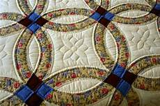 amish double wedding ring quilts archives amish quilts from amish spirit