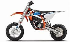 ktm s new electric wee dirt bike to be released fall