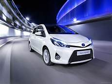 Toyota Yaris Hybrid 2013 Car Wallpaper 15 Of 60