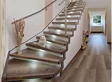 Die Besten 25 Treppe Renovieren Ideen Auf