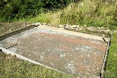 beton fertigmischung fundament wie du eine bodenplatte betonieren kannst f 252 r dein