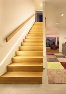 handläufe für treppen die besten 25 treppenbeleuchtung led ideen auf