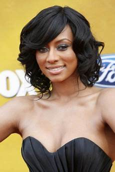 shoulder length curly hairstyles for black