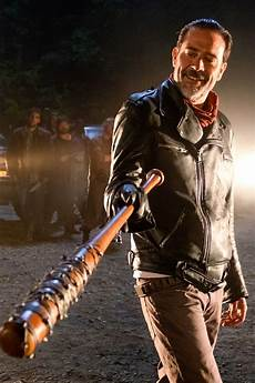 Walking Dead - walking dead why is rick smiling at the end of the