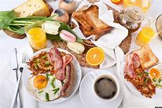 healthy brunch tips avoid mistakes during the celebratory