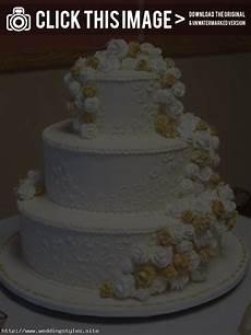 traditional wedding cake icing diy wedding cake icing