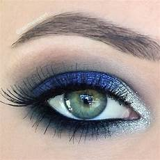 Augen Make Up Blaue Augen - take a look at this flawlessly executed royal blue and