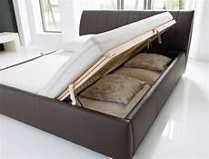 Doppelbett Mit Lattenrost - polsterbett doppelbett 180x200 bett braun bettkasten