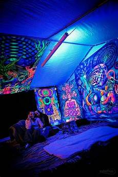 black light room awesome rooms pinterest dyes black lights and tent