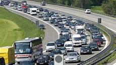 Autobahnen In Deutschland Quot Wer Schneller Baut Bekommt