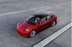 Tesla Baisse Une Nouvelle Fois Le Prix Du Model 3 Tesla