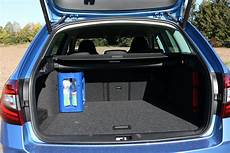 kofferraum skoda octavia 2018 skoda octavia combi 1 0 3 zylinder gebrauchtwagen
