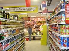 scaffali supermercato il supermercato dimmi dove vai e ti dir 242 cosa comprerai