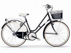 Fahrrad Mit Korb - fahrrad style riviera mit korb f 252 r frauen