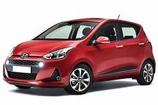 hyundai i10 neuwagen hyundai i10 hatchback mpg co2 insurance groups carbuyer
