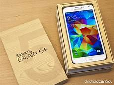 samsung galaxy s5 available in 125 countries from today