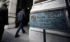 banche pugliesi crac delle banche anche 3 societ 224 pugliesi tra i quot grandi