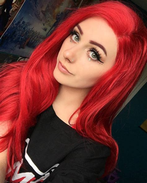 Girlswithneonhair
