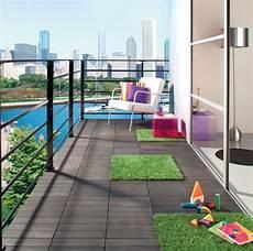 dalle pour balcon dalle terrasse gazon