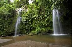 Wisata Lombok Air Terjun Benang Setokel