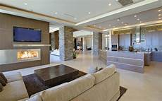 wohnzimmer mit offener wohnzimmer mit offener k 252 che stockbild bild zuhause