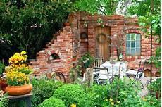Gartengestaltung Selber Machen Bilder - moderne garten idee ziegelmauer garten 10 ziegelmauer