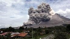 9 Akibat Gunung Sinabung Meletus Positif Dan Negatifnya