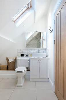 16 functional exles how to decorate your small bathroom