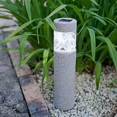 lumiere solaire de jardin 201 clairage ext 233 rieur led solaire et d 233 coratif comme accent