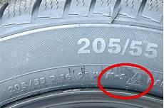 Alter Reifen - reifen winterreifen dot nummer 187 t 220 v th 252 ringen