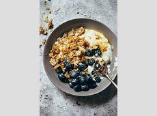 coconut pecan granola_image