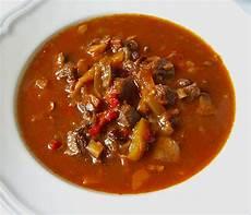 Rezept Für Gulaschsuppe - deftige gulaschsuppe schmausimausi chefkoch de