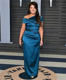 monica lewinsky dress oscars 2018 sofia vergara is a showstopper at vanity fair