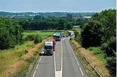 mort sur la route limitation de vitesse 224 80 km h sur quot la route de la mort quot